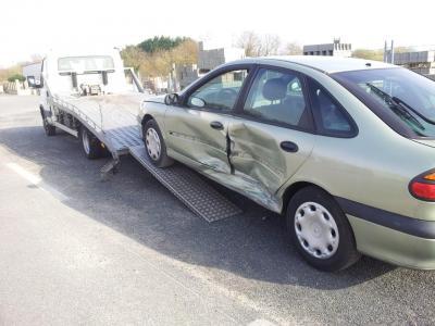 Enlevement épave gratuit nantes 44 reprise voiture casse 44